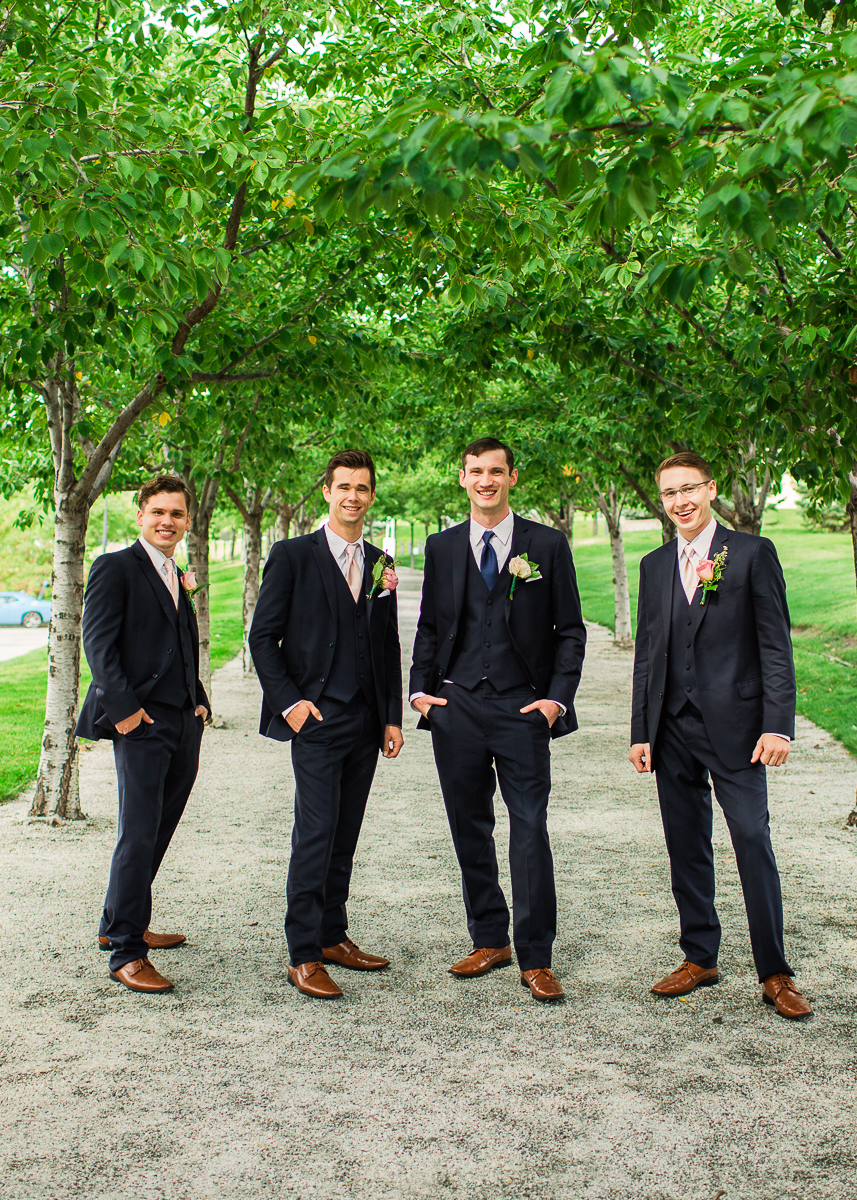 20-saltlakesity-wedding-pictures-2m6b7047