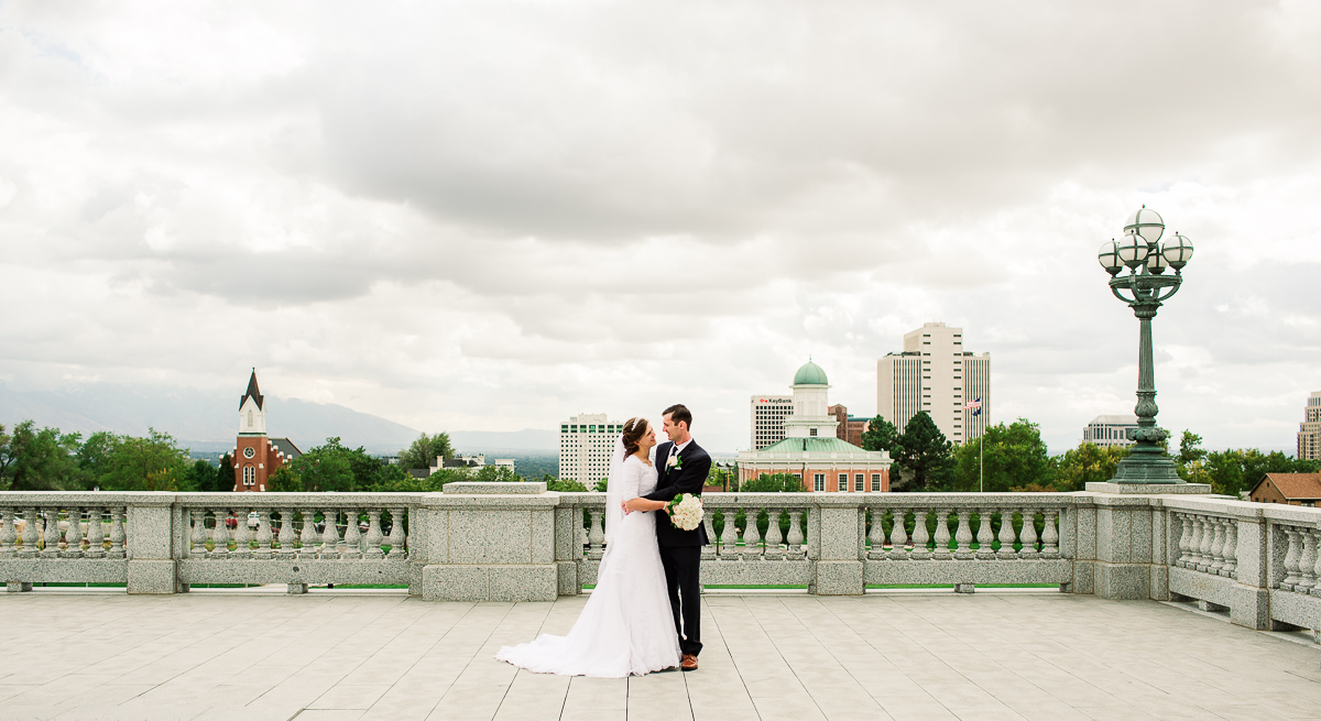 21-saltlakesity-wedding-pictures-2m6b7061